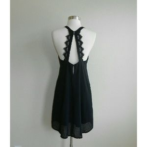 ASTR High Neck Textured Shift Dress